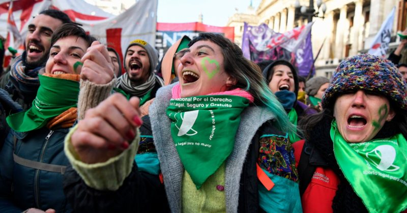 In Argentina, lawmakers move to expand reproductive freedom