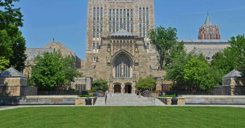 Yale implements Plan B in its vending machines